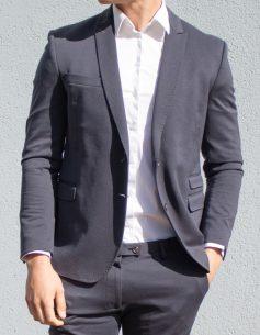 Escort-Mann und Fitnessmodel Dean aus Dortmund ist von Frauen als männlicher Begleiter buchbar für ein Private Date, Dinner Date oder Action Date.