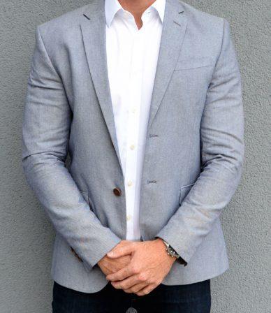Escort-Mann und Fitnessmodel Conor aus Karlsruhe ist von Frauen als männlicher Begleiter buchbar für ein Private Date, Dinner Date oder Action Date.